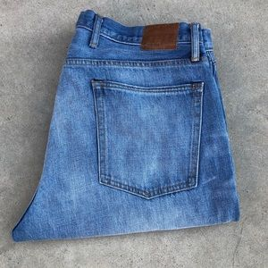 Gap 1969 men's relaxed blue washed  jeans 36